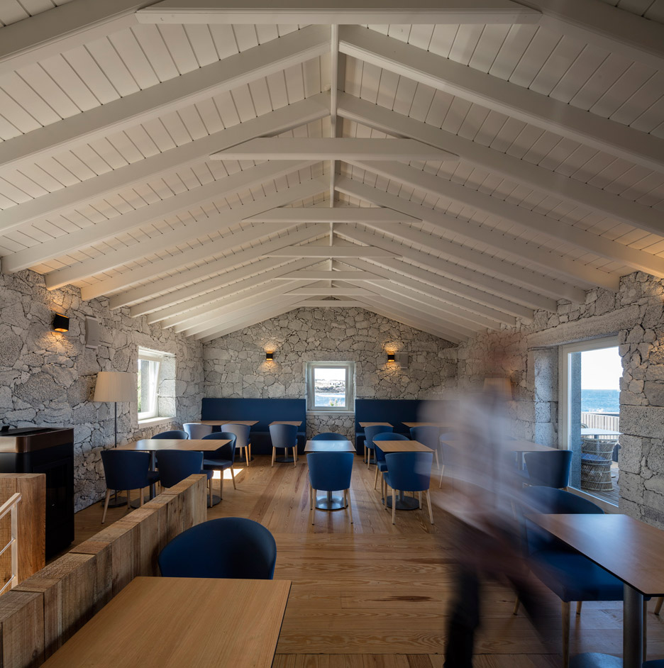 Cella-Bar_FCC-Arquitectura-Paulo-Lobo_dezeen_936_26