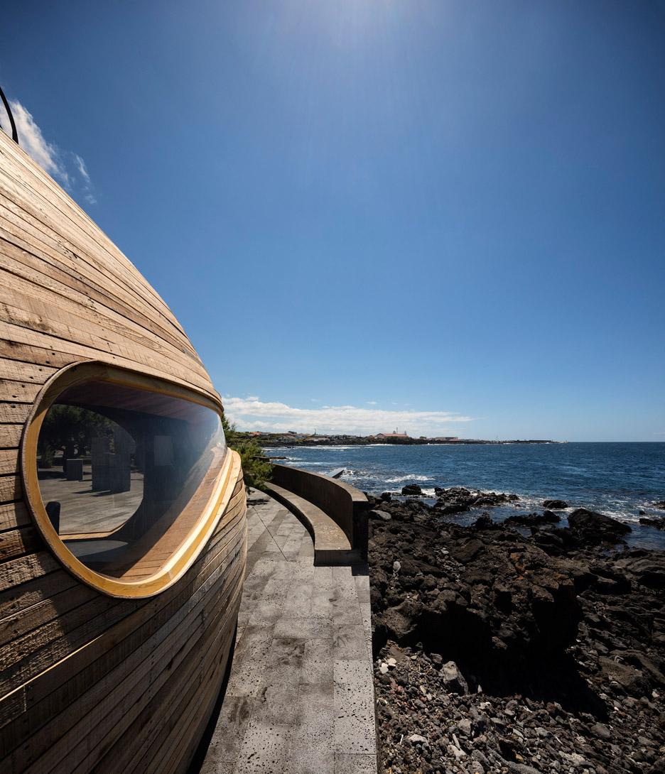 Cella-Bar_FCC-Arquitectura-Paulo-Lobo_dezeen_936_53