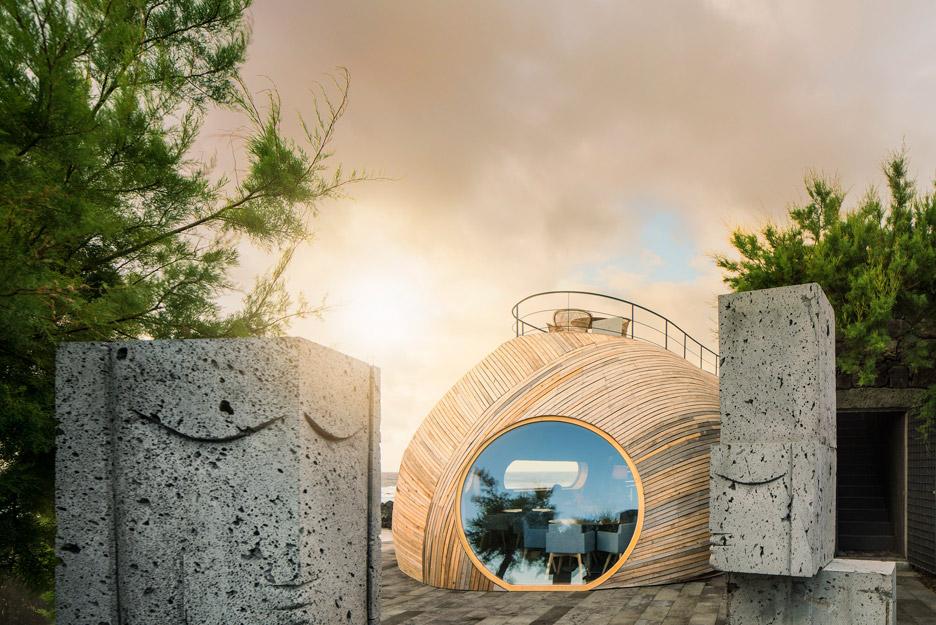 Cella-Bar_FCC-Arquitectura-Paulo-Lobo_dezeen_936_63