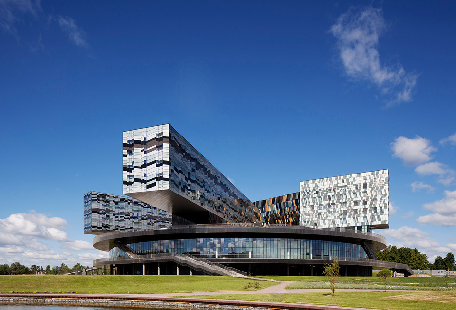 David Adjaye Retrospective exhibition at Art Institute of Chicago – Moscow School of Management, Skolkovo, Russia