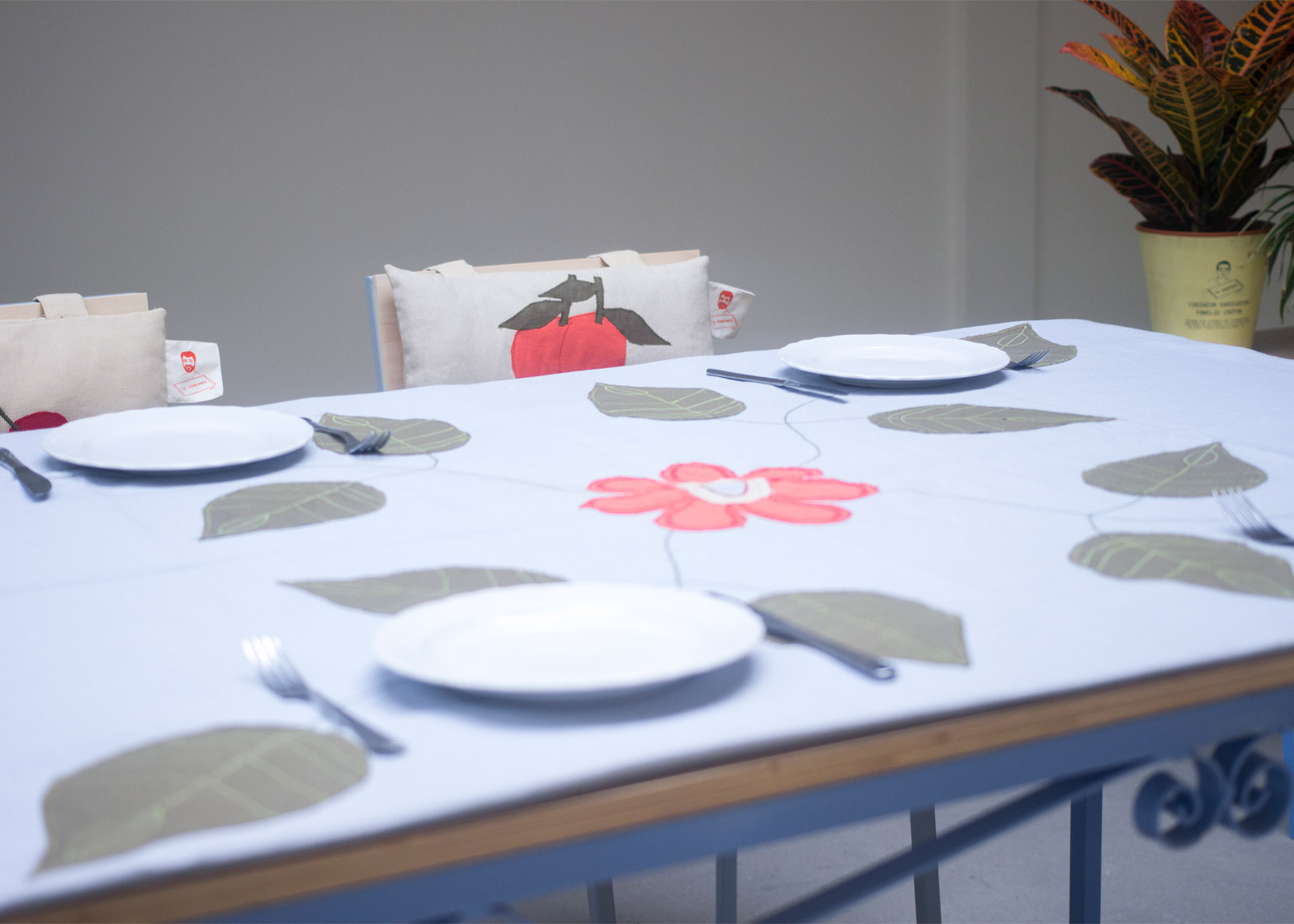 De Voorkamer by Pim van der Mijl