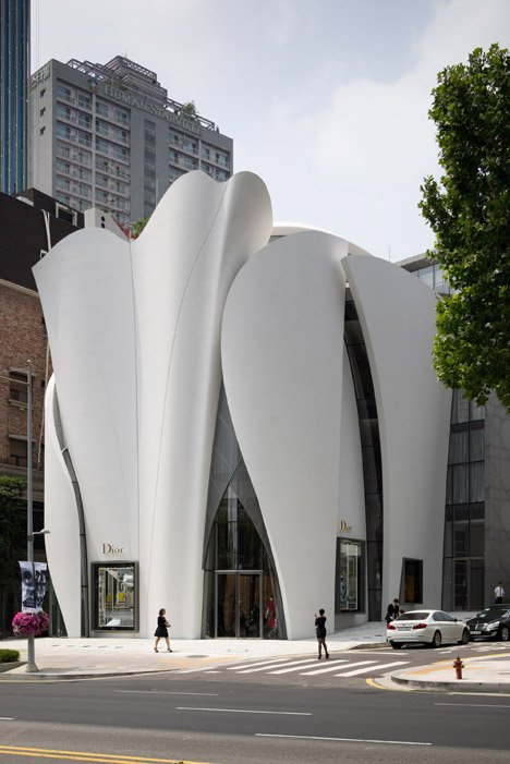 Dior Boutique in Seoul by Nicolas Borel Christian de Portzamparc