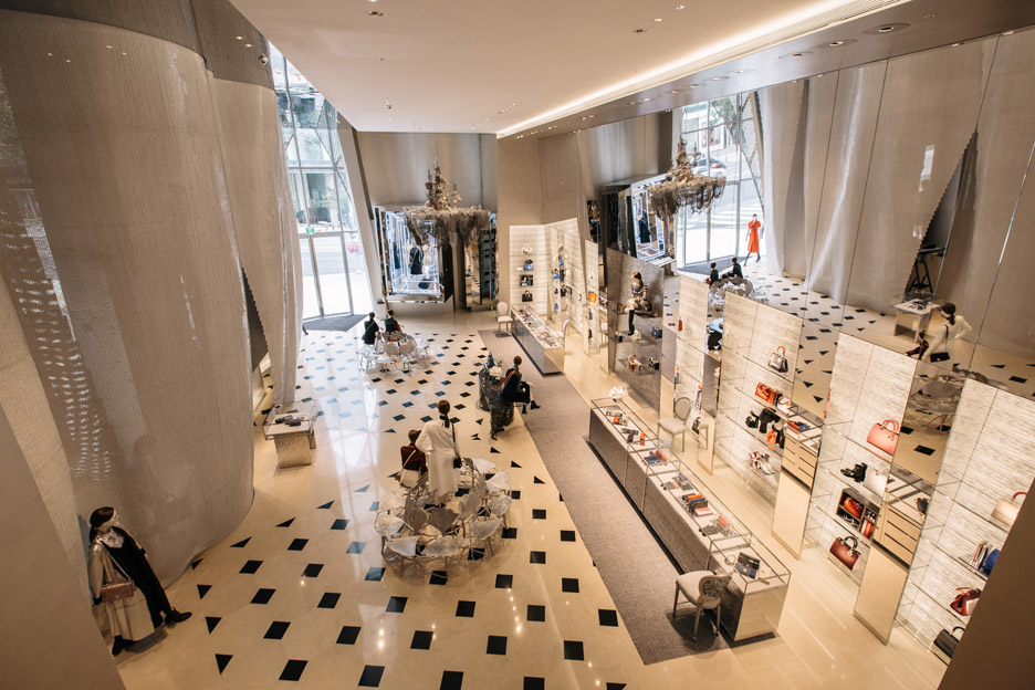 Dior boutique by Christian de Portzamparc
