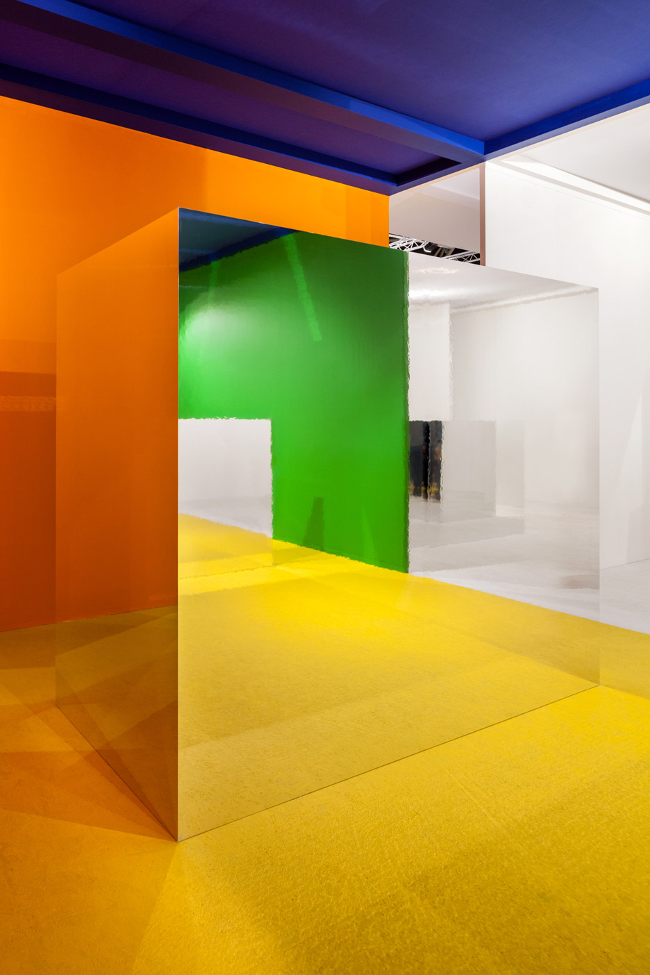 I29 Uses Multicoloured Walls And Mirrored Volumes To Create ...
