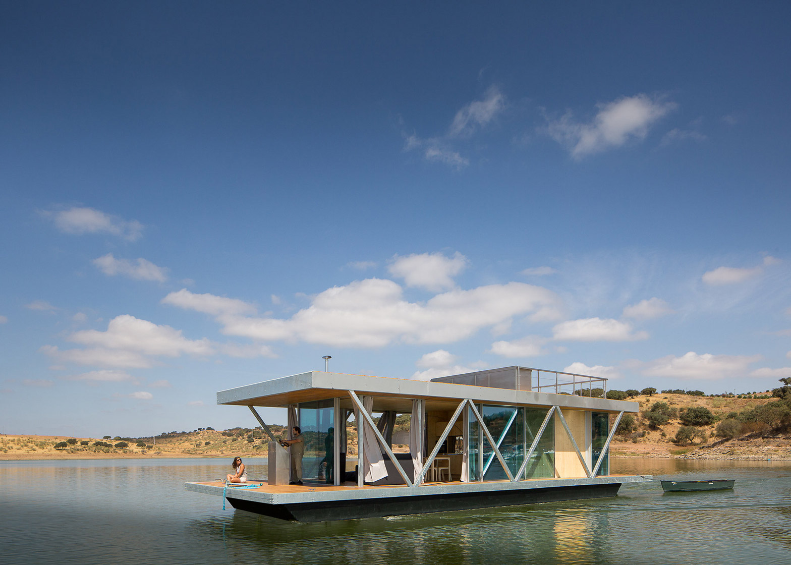 Brilliant Prefabricated Floating House Can Be Shipped Worldwide Download Free Architecture Designs Scobabritishbridgeorg