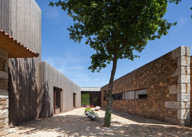 Hotel Monverde by FF Arquitectura and Paulo Lobo