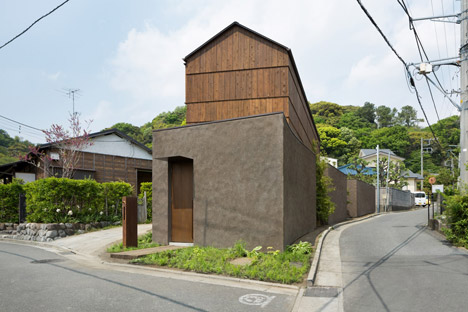 House for Oiso by DGT Architects