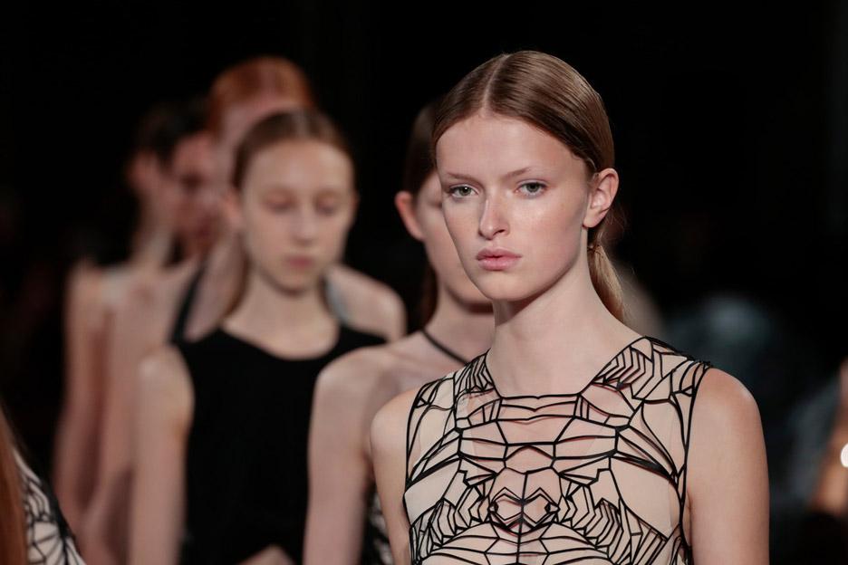 SS16 Womenswear Haute Couture by Iris Van Herpen