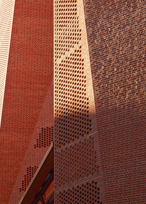 London School of Economics student centre by Irish architects O'Donnell + Tuomey
