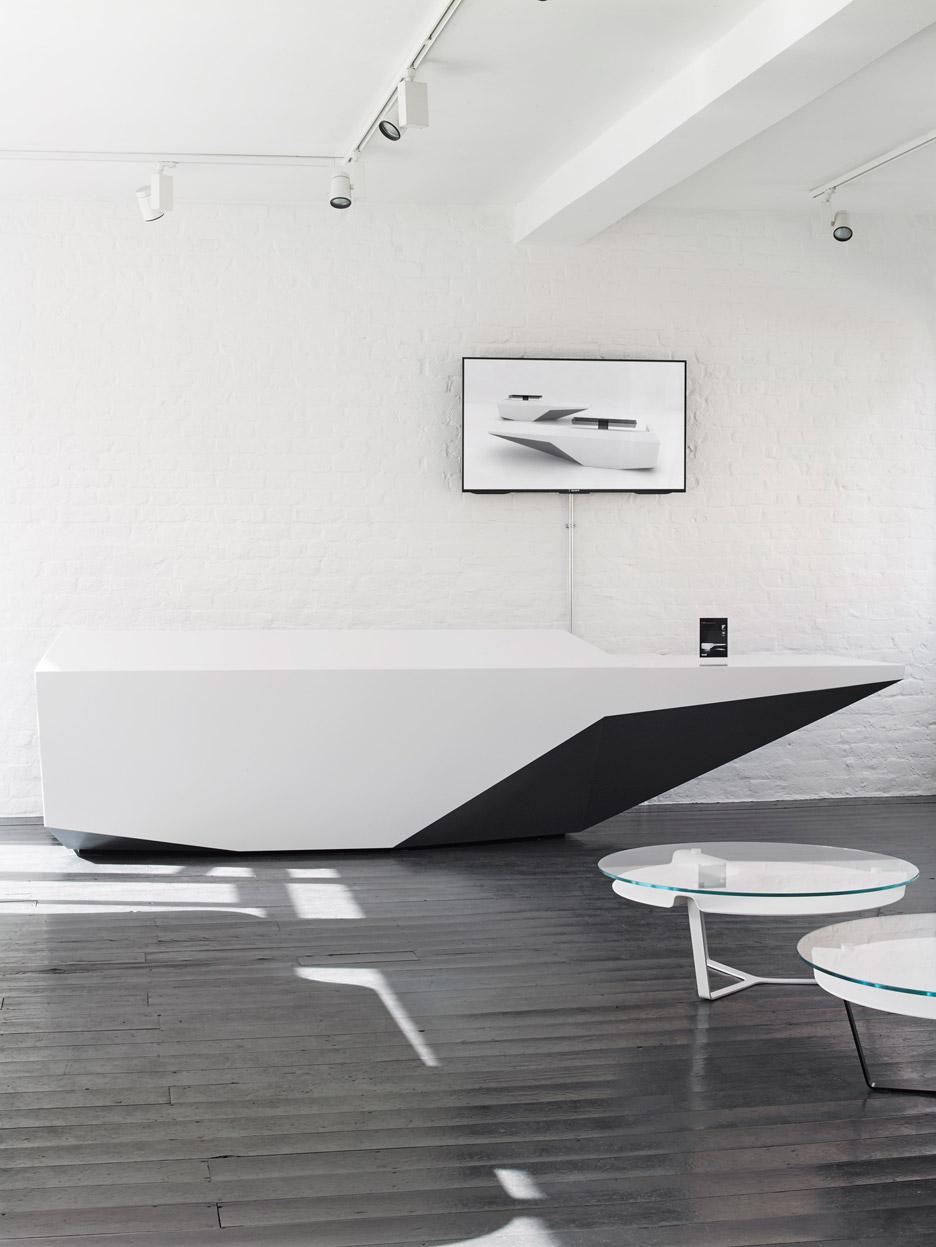 Isomi showroom by Paul Crofts Studio