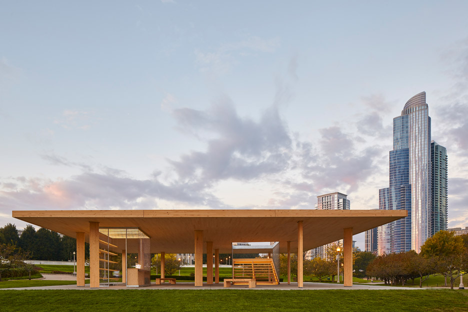 Ultramoderne'S Mies-Inspired Pavilion Opens On Chicago Lakefront