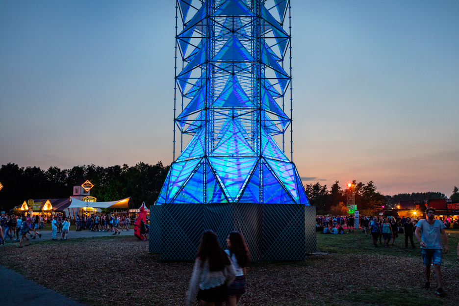 Lift light installation by Dennis Parren
