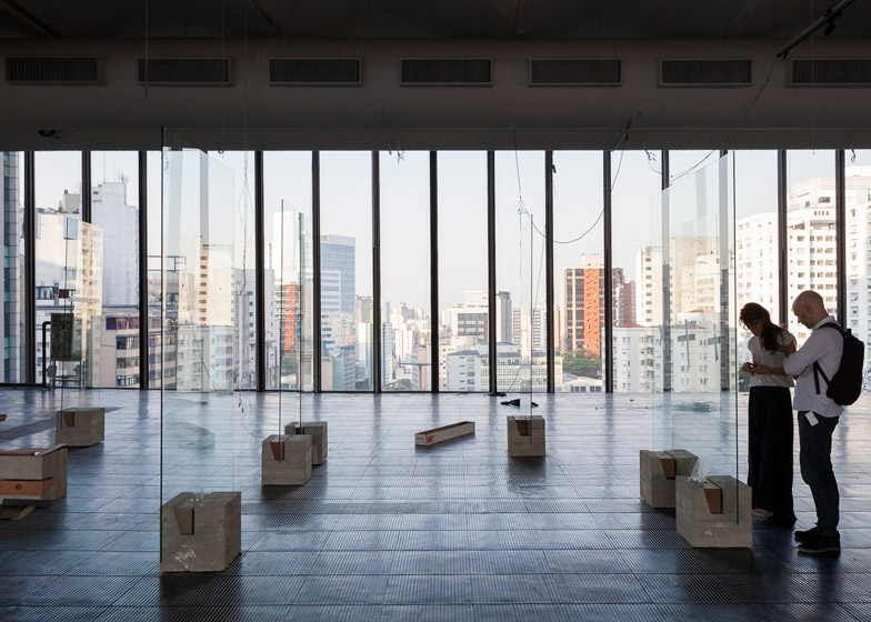 """Lina Bo Bardi's """"radical"""" glass easels revived for exhibition of Brazilian art"""