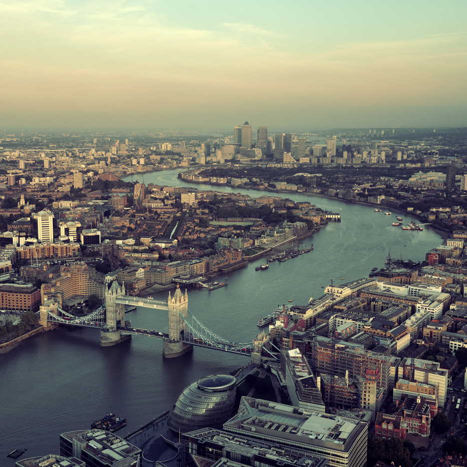 London creatives paid more than city's average hourly wage