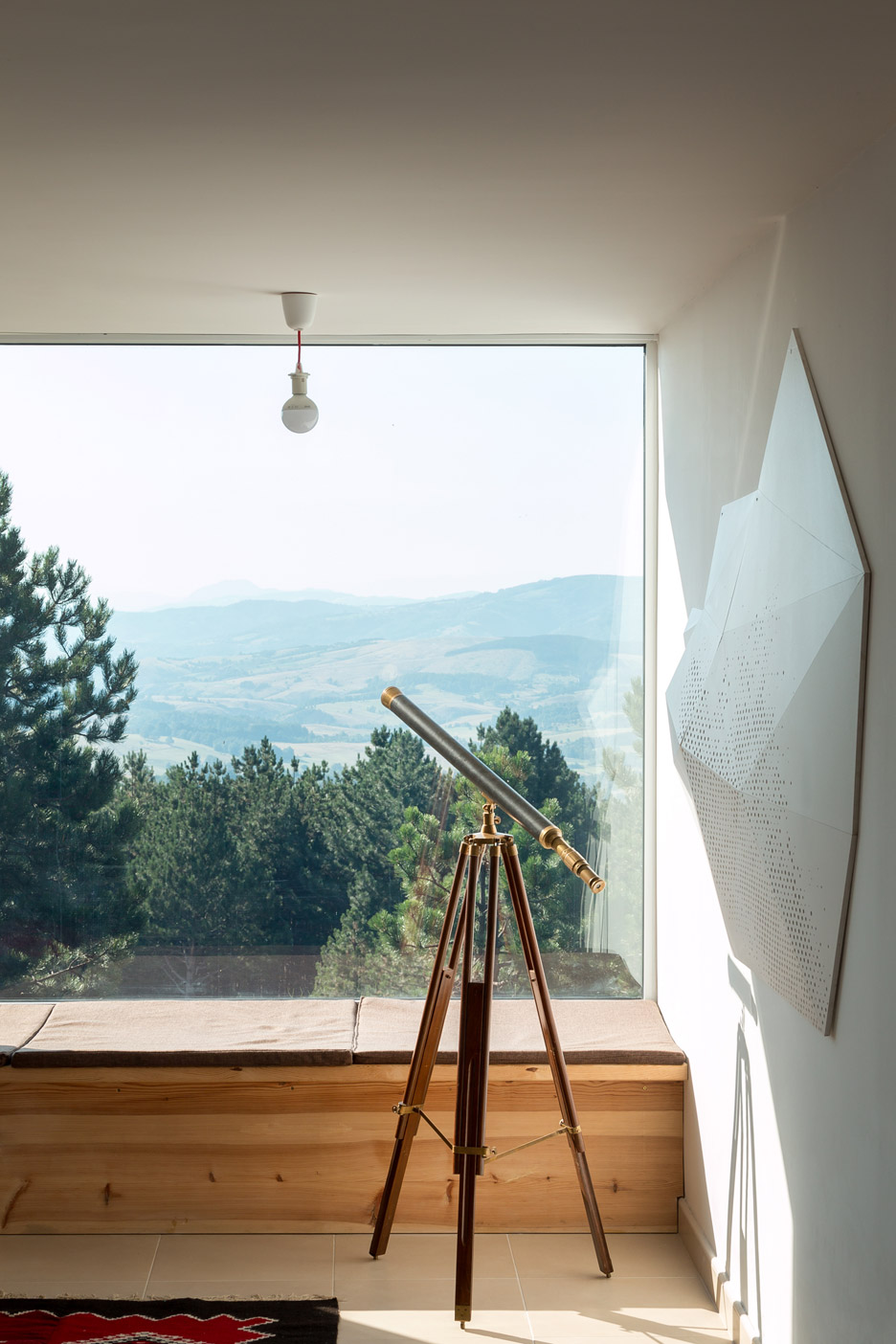 Mountain-House_Serbia_EXE-studio_dezeen_936_11