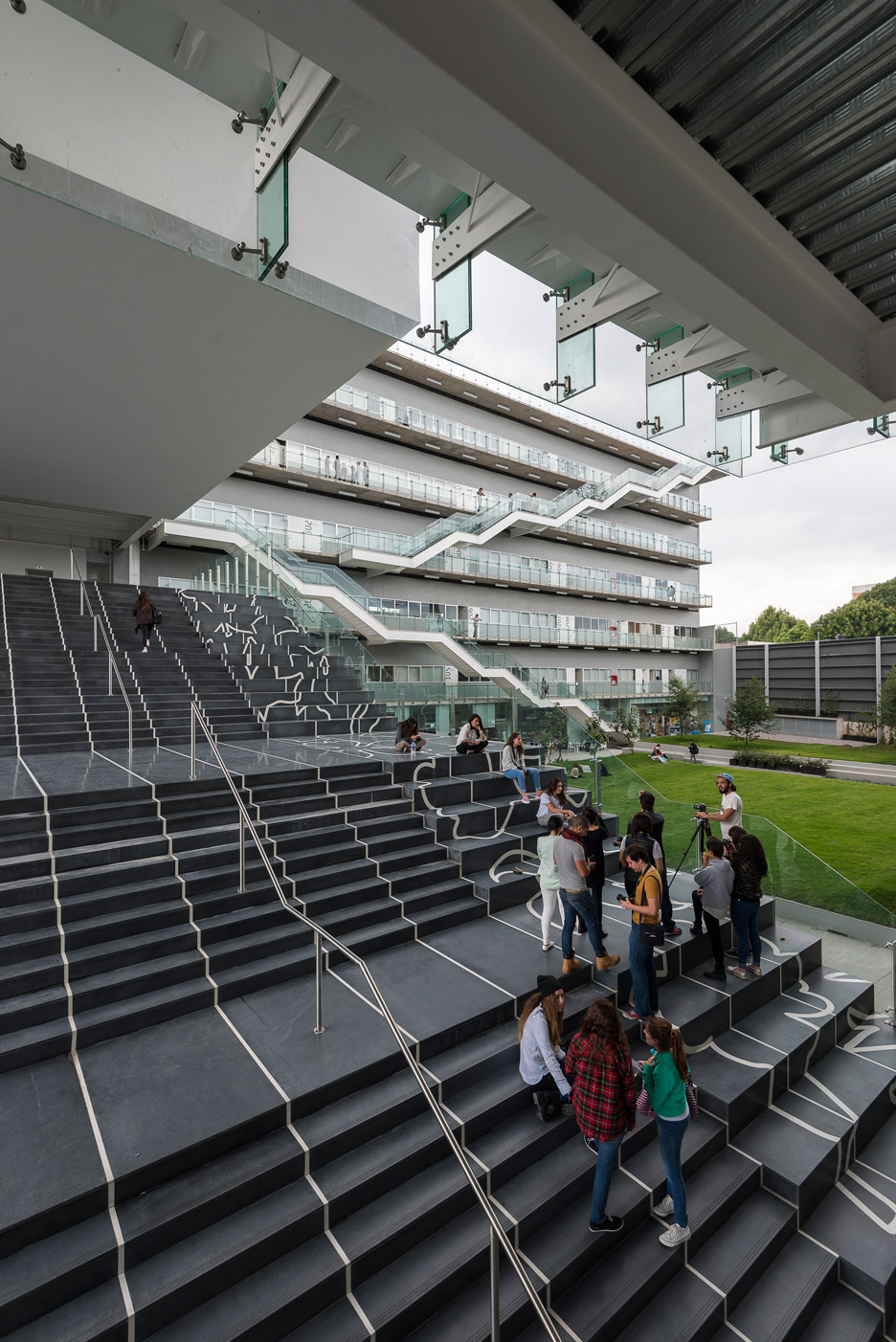 New campus for Centro University by Ten Arquitectos