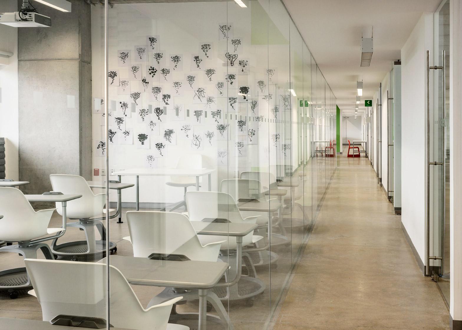 New campus for Centro University by Ten Arquitectos