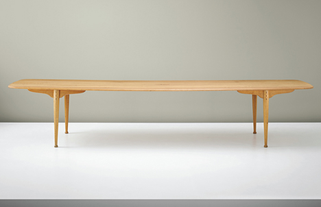 peder moos dining table - Nordic Design Furniture