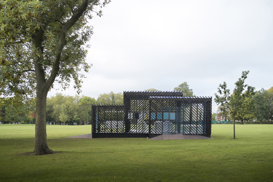 Queens-Park-Pavilion-by-Claridge-Architects_dezeen_936_2