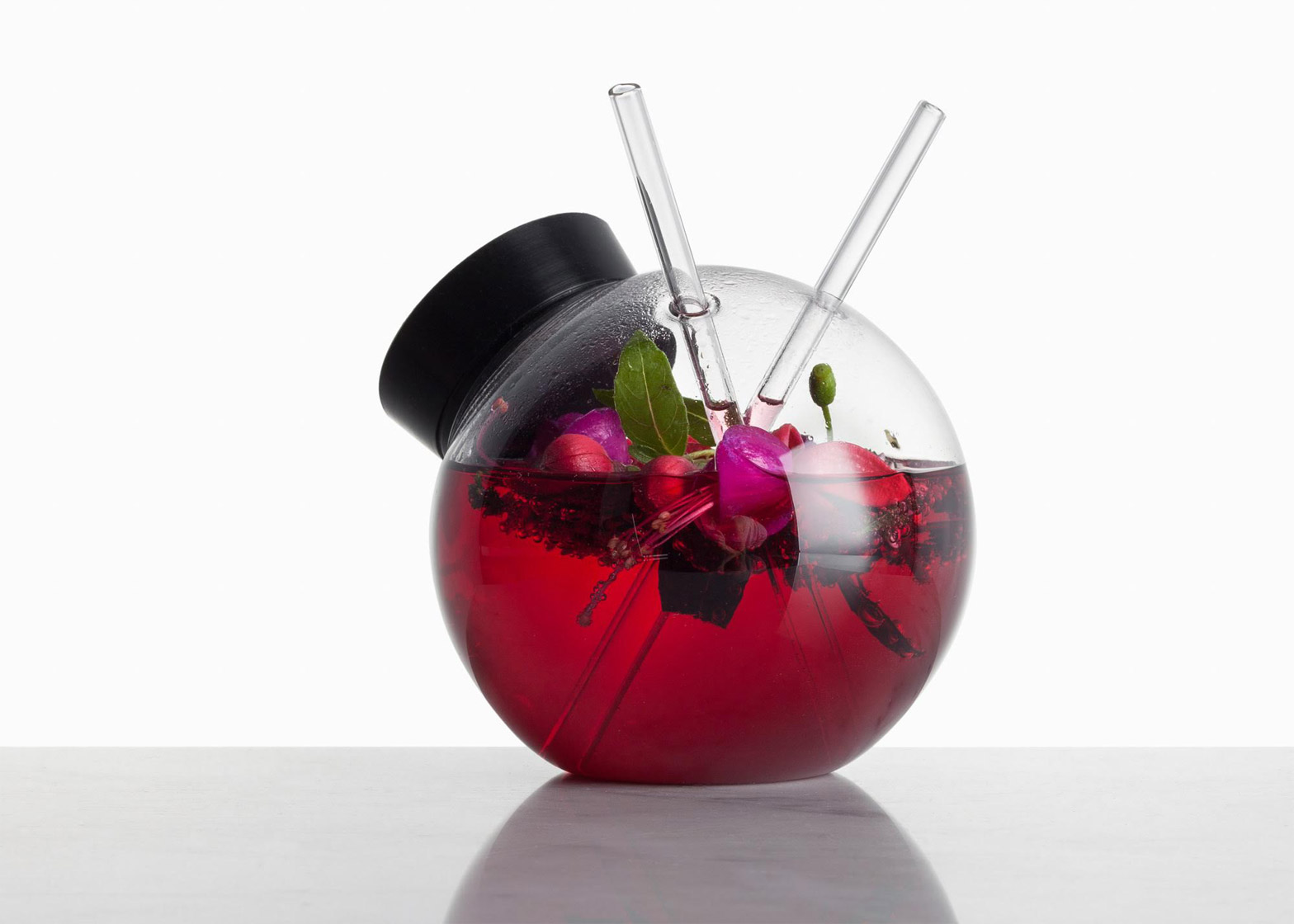 Quido cocktail glass by Martin Jakobsen