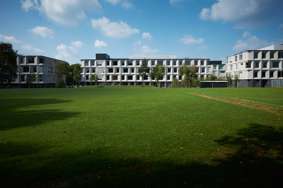 RIBA-Stirling-Prize-2015_Burntwood-School-Wandsworth_Allford-Hall-Monaghan-Morris_dezeen_936_4