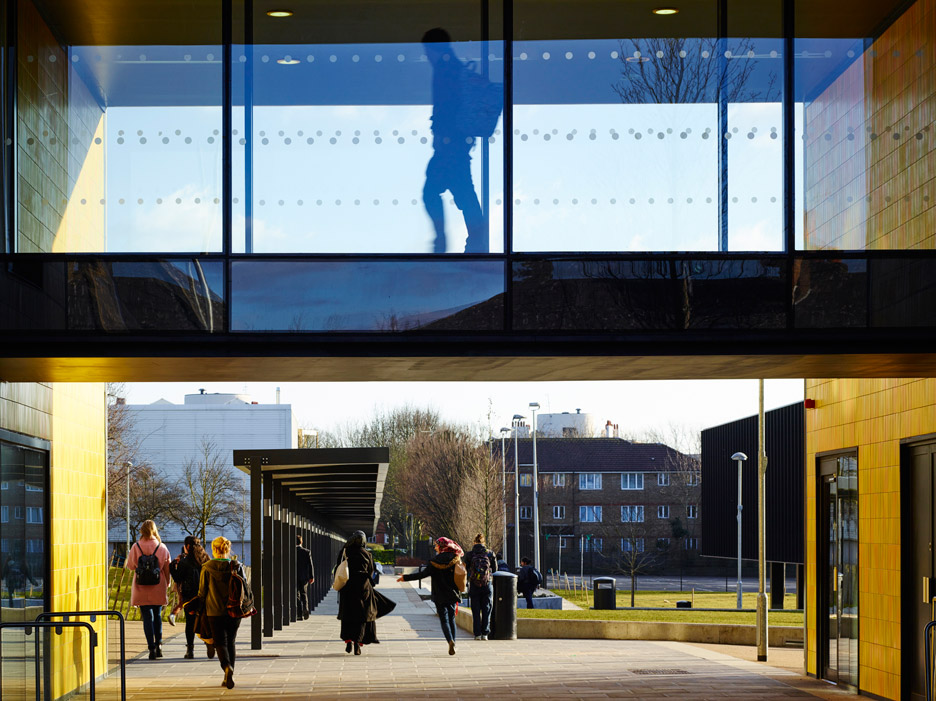 RIBA-Stirling-Prize-2015_Burntwood-School-Wandsworth_Allford-Hall-Monaghan-Morris_dezeen_936_6