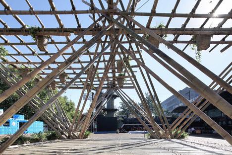 Rising-Canes-Bamboo-Pavilion_Penda_Beijing-Design-Week-2015_dezeen_468_19
