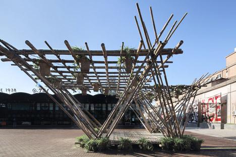 Rising-Canes-Bamboo-Pavilion_Penda_Beijing-Design-Week-2015_dezeen_468_9