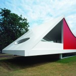 "Oscar Niemeyer ""took the brief very seriously"" for 2003 Serpentine Gallery Pavilion"