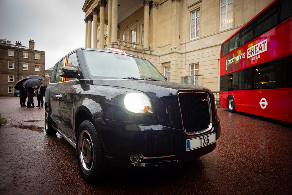 TX5 battery-powered black cab by The London Taxi Company