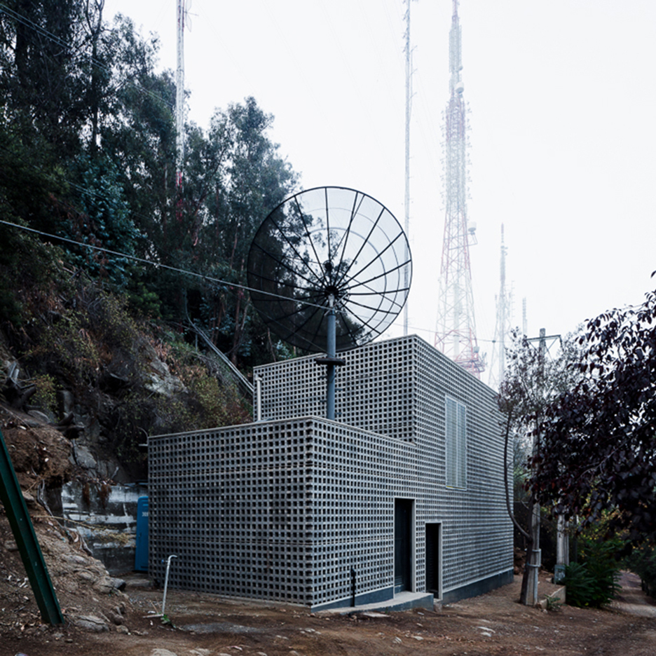 Umwelt creates perforated concrete bunker for a television channel in Chile
