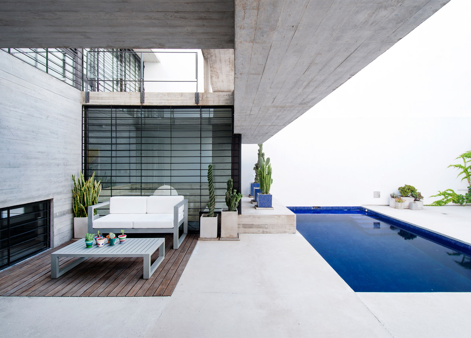 9 Of 25; Two Houses Conesa By Luciano Kruk