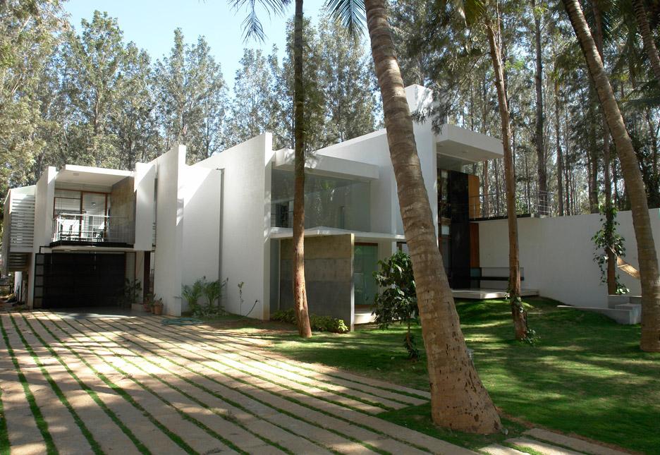 Tyagis House by Tushar Vasudevan