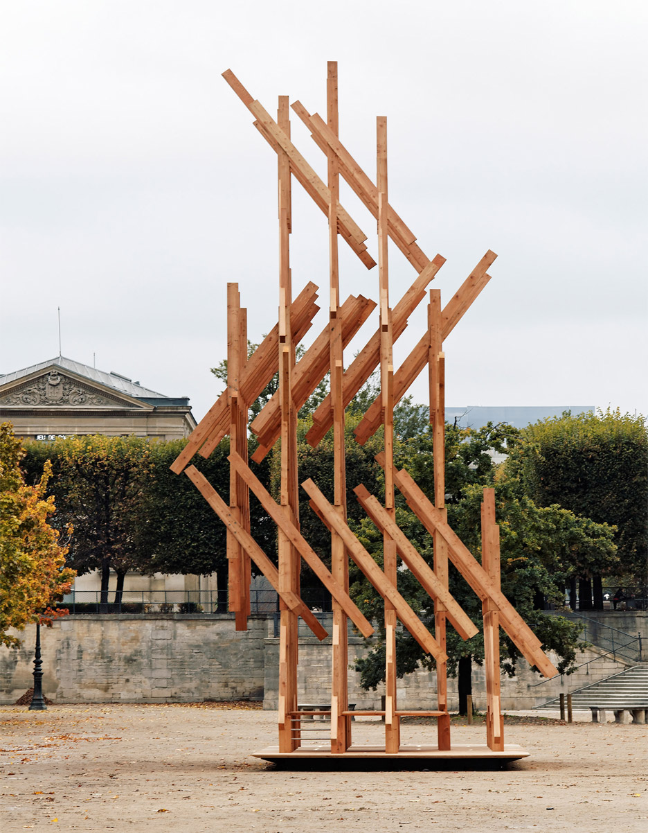 Yure by Kengo Kuma for the Galerie Philippe Gravier