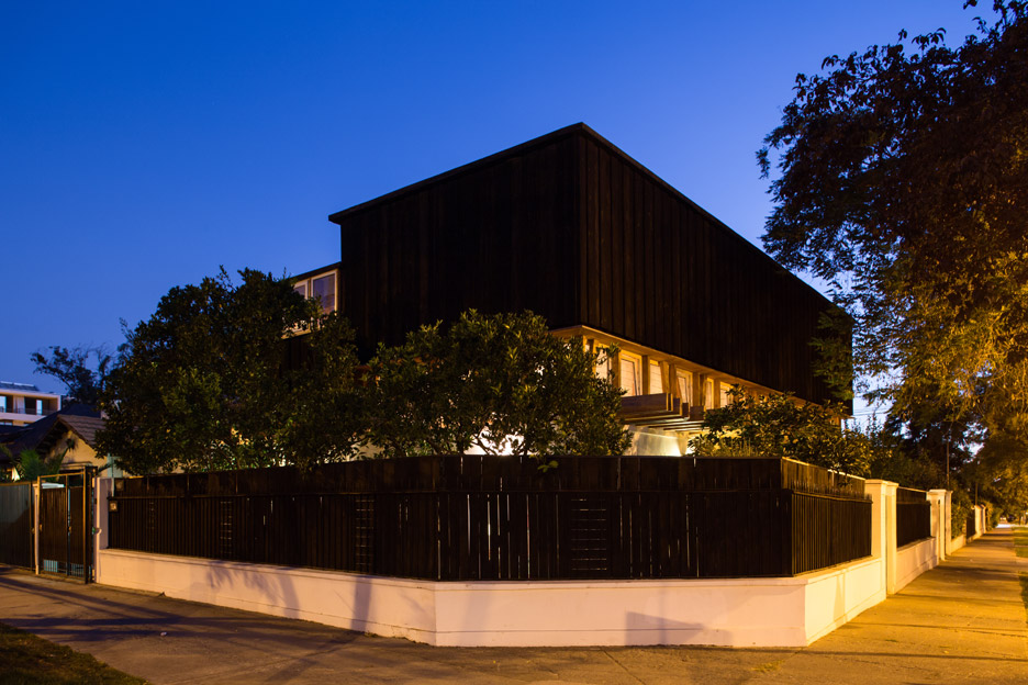 Ashtanga Yoga Chile by DX Arquitectos