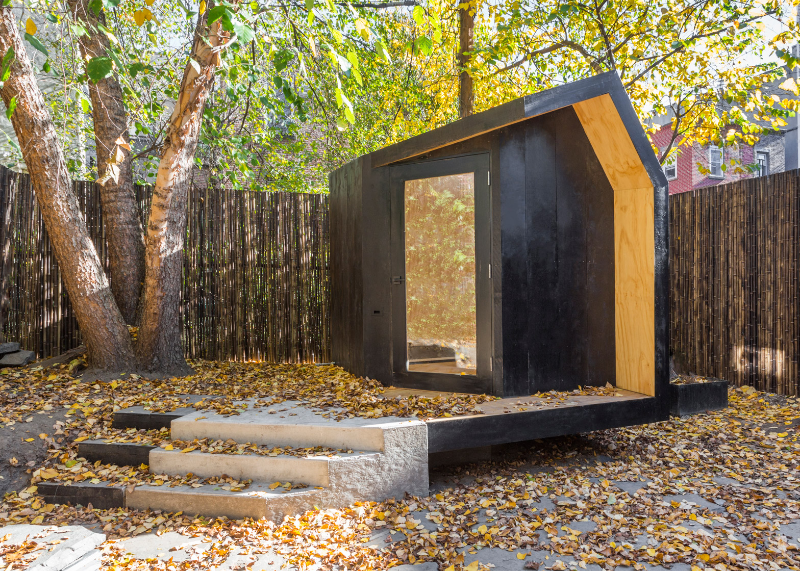 Writing Hut by Architensions