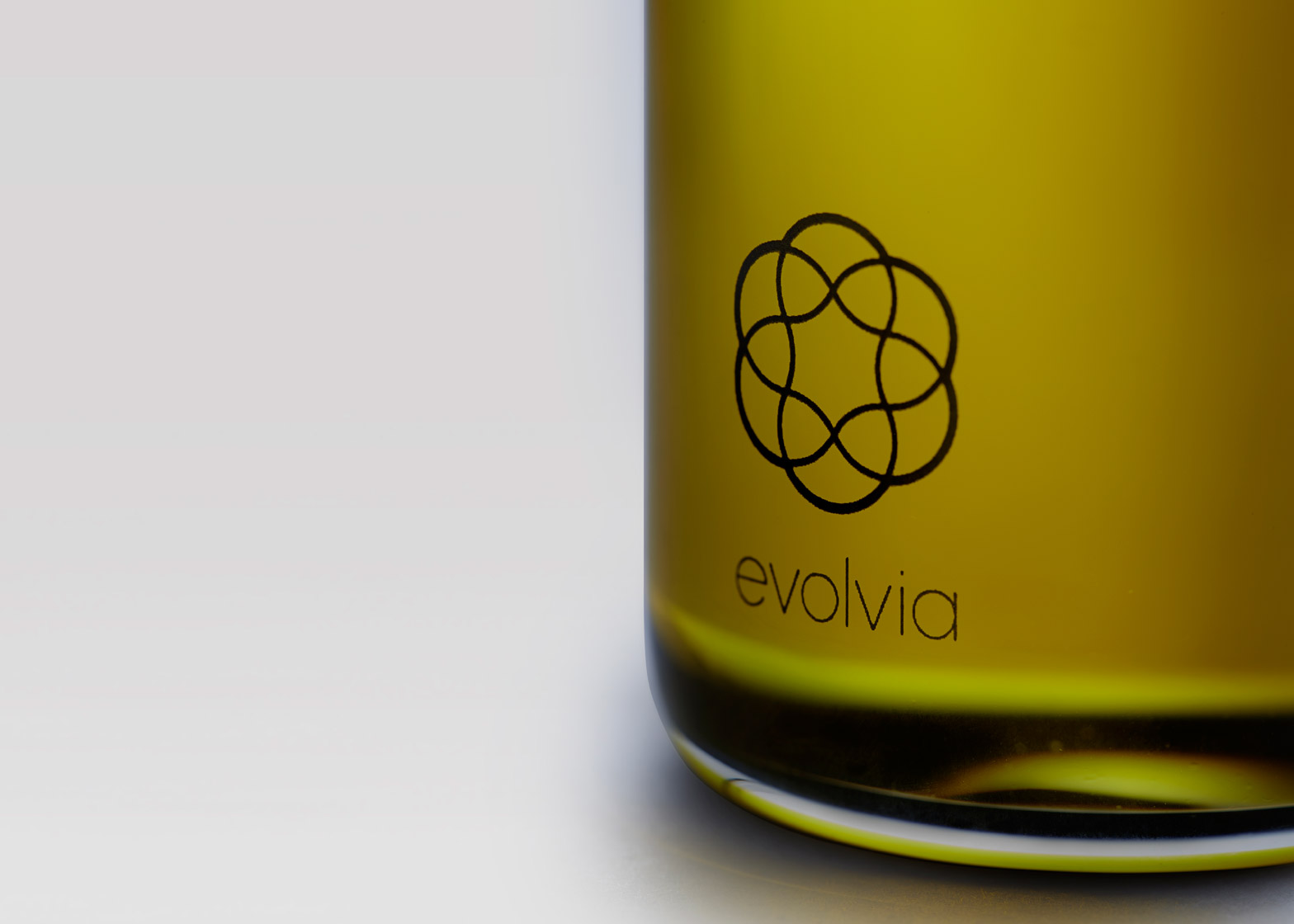 Evolvia by Evolve organic extra virgin olive oil bottle