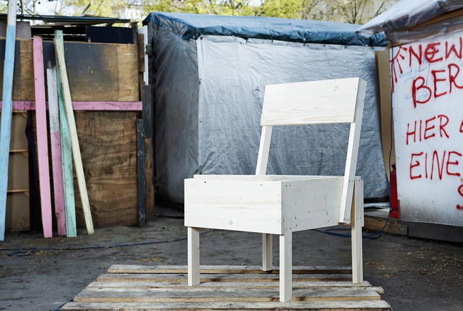 Autoprogettazione furniture by Enzo Mari for CUCULA refugee programme