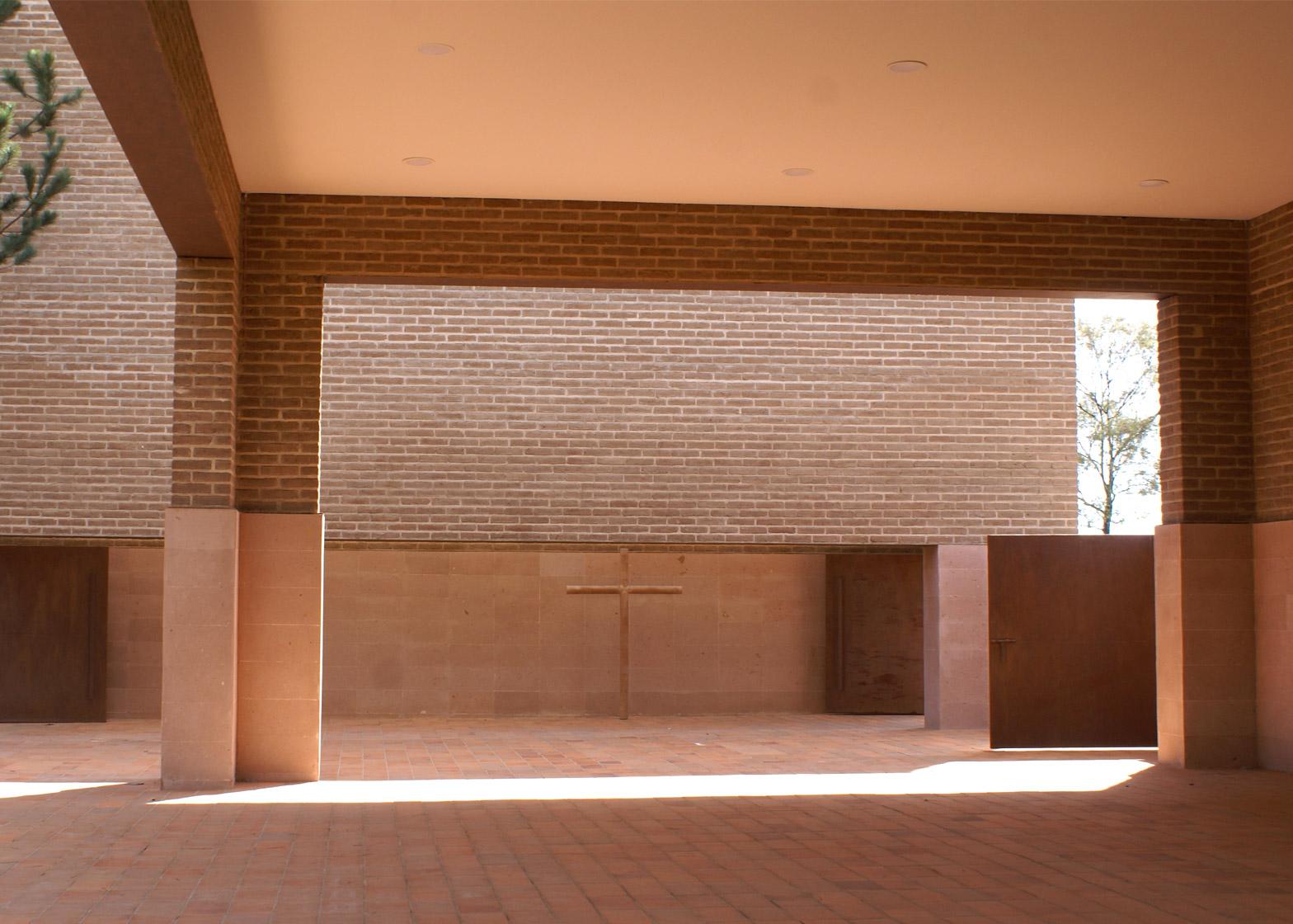 Centinela Chapel by Estudio ALA