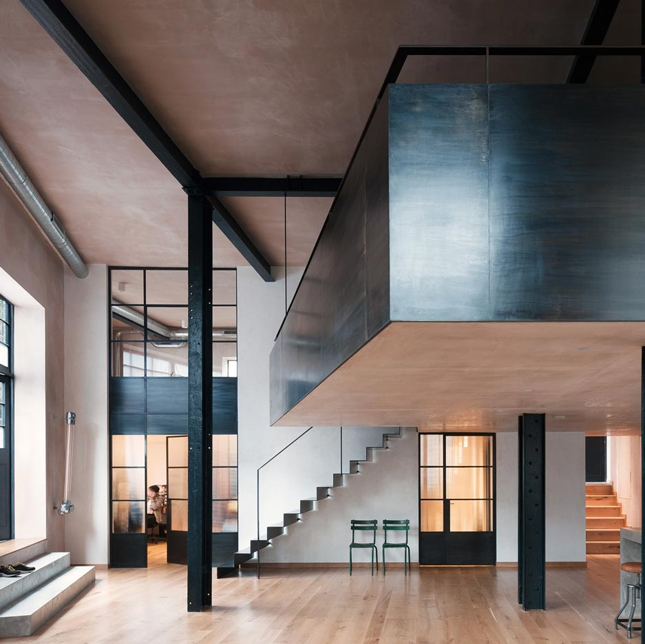 Sadie Snelson Architects Converts London Warehouse Into