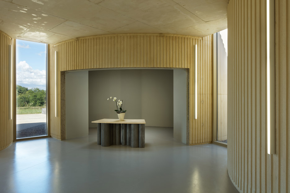 Crematorium in Amiens by PLAN01