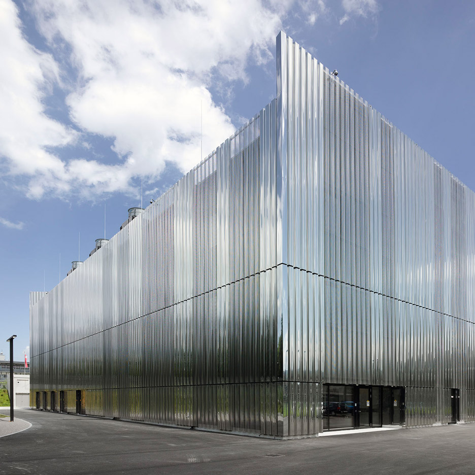 "FFBK Architects completes ""most advanced data storage centre in Switzerland"""