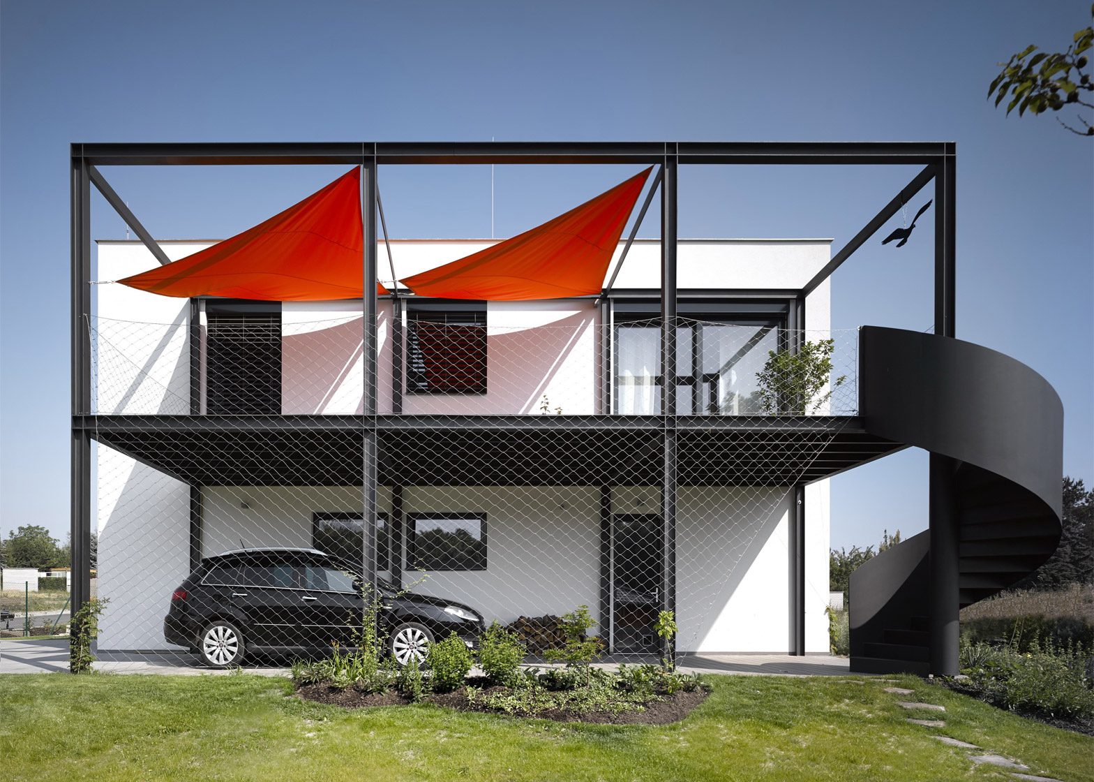 House for a racing car driver by Stempel and Tesar