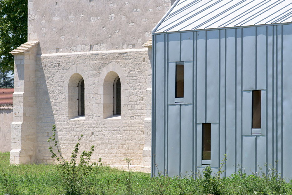 Hospital of Meursault conversion and extension by JUNG Architectures