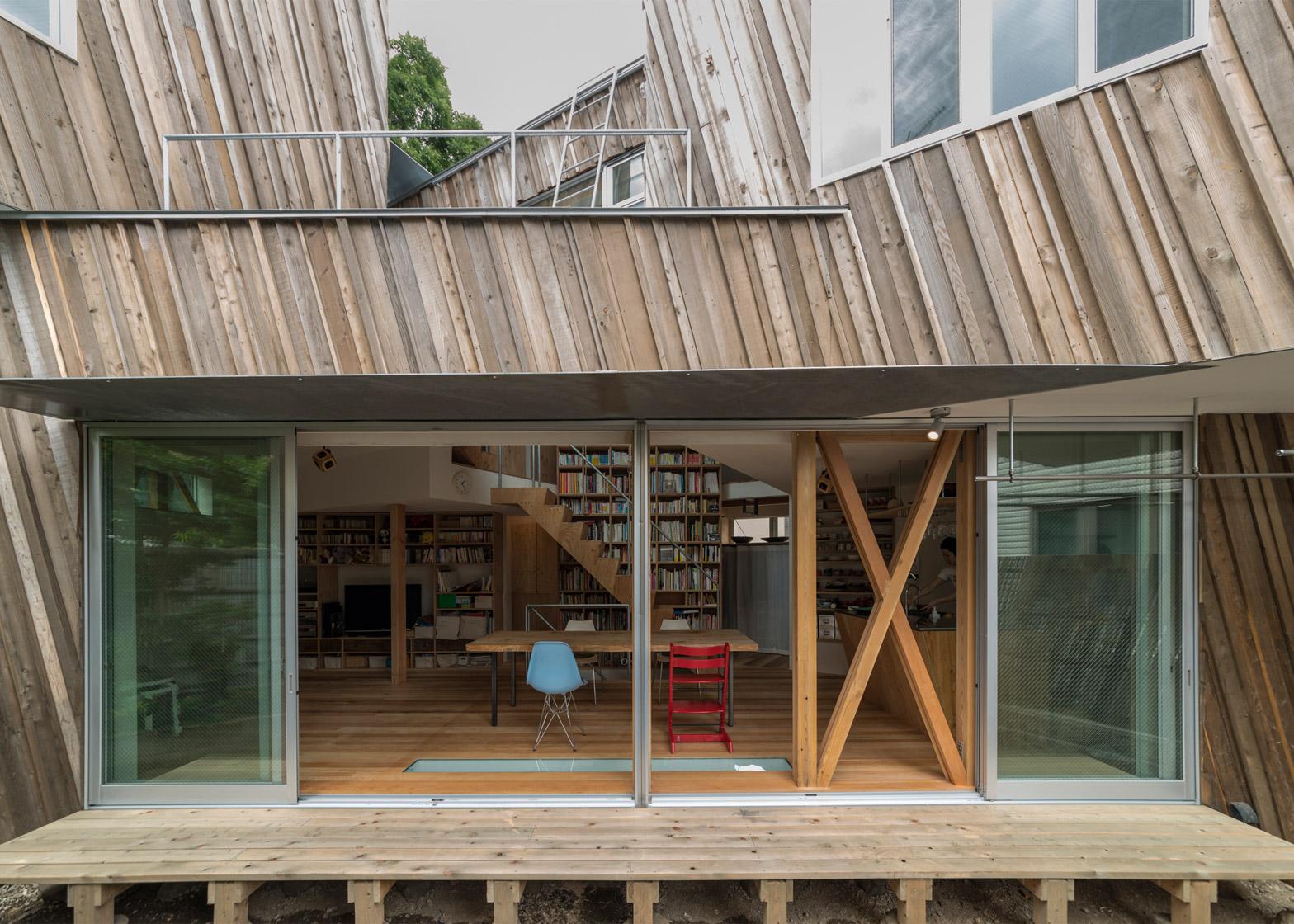 Kyodo House in Tokyo by Sandwich