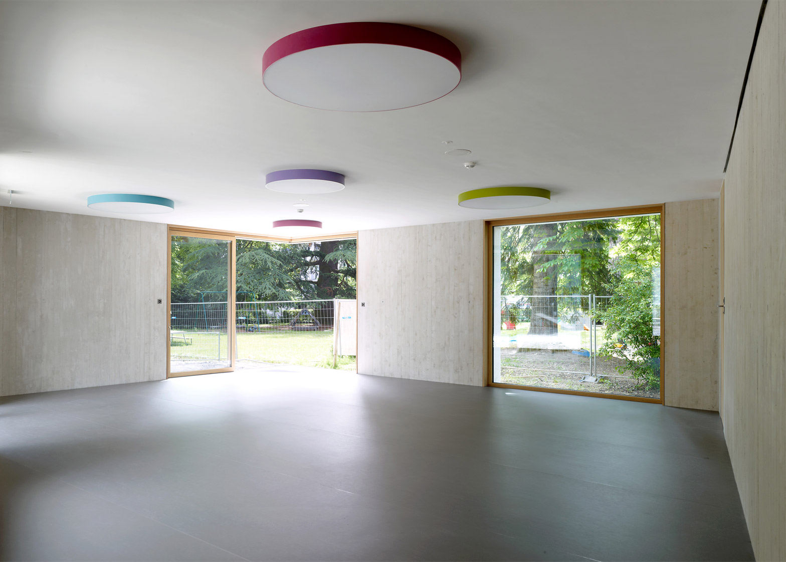 Le Gazouillis Day Nursery in Geneva by Omar Trinca