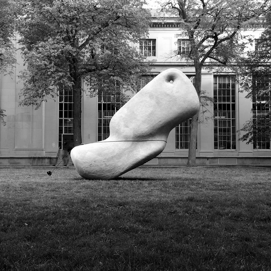 "MIT students create 2,000-pound ""megalith"" that can be moved with a fingertip"