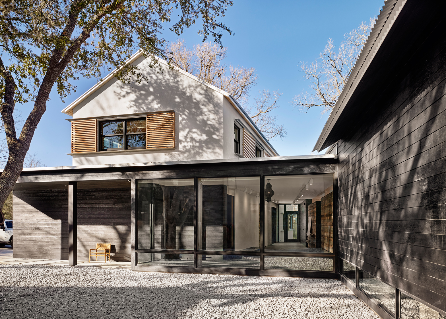 Modern Texas Prefab by Aamodt / Plumb Architects