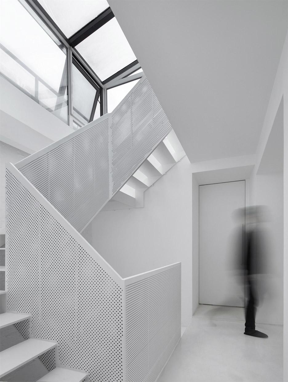 Renovation of Xinsi Hutong House by Arch Studio
