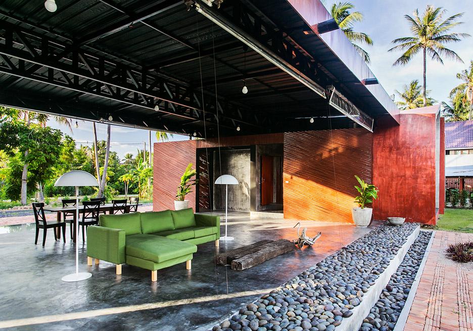Somjai House by NPDA Studio